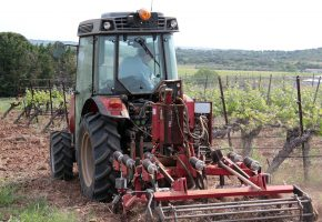 Tracteur avec cadre intercep